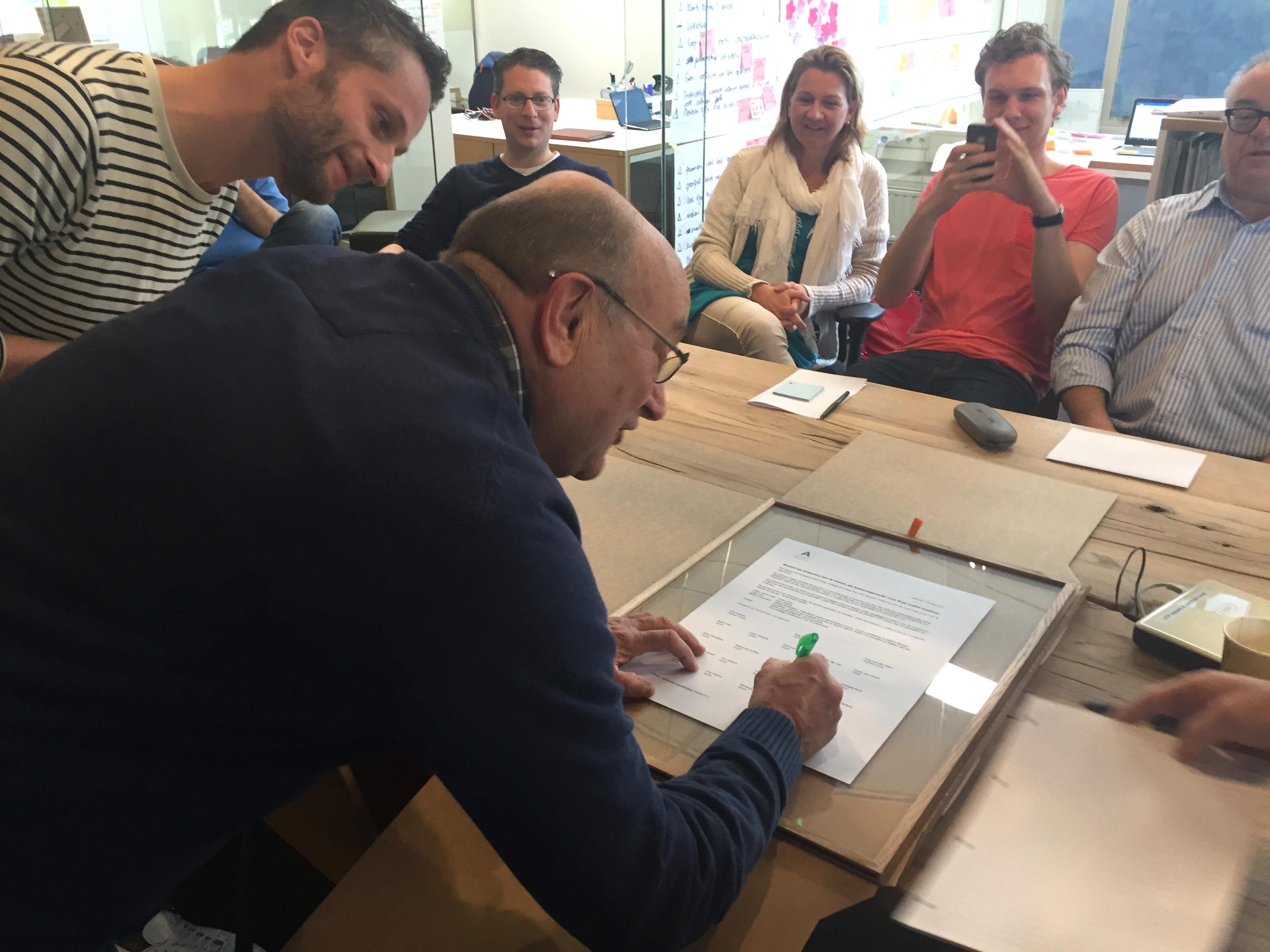organisatie ondertekenen grondwet holacracy