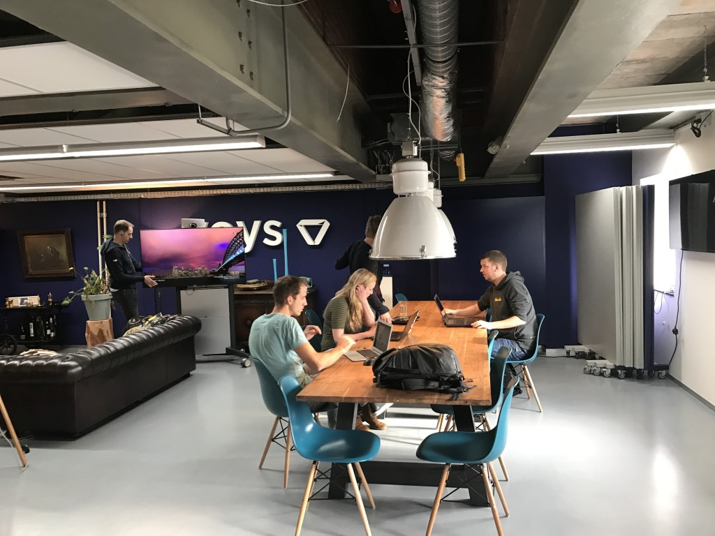 holding meeting bij voys